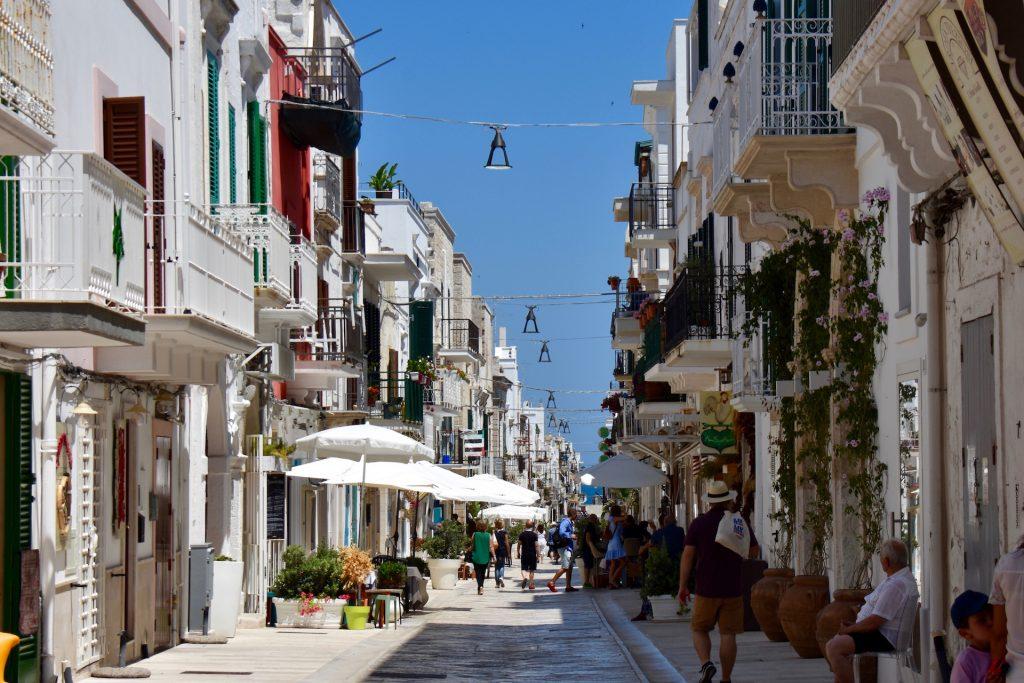 street in Polignano a mare